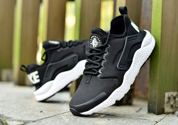 the best attitude 6cae7 c023a BIY Roamer | Huarache Ultra Black/White $640 @ Asos