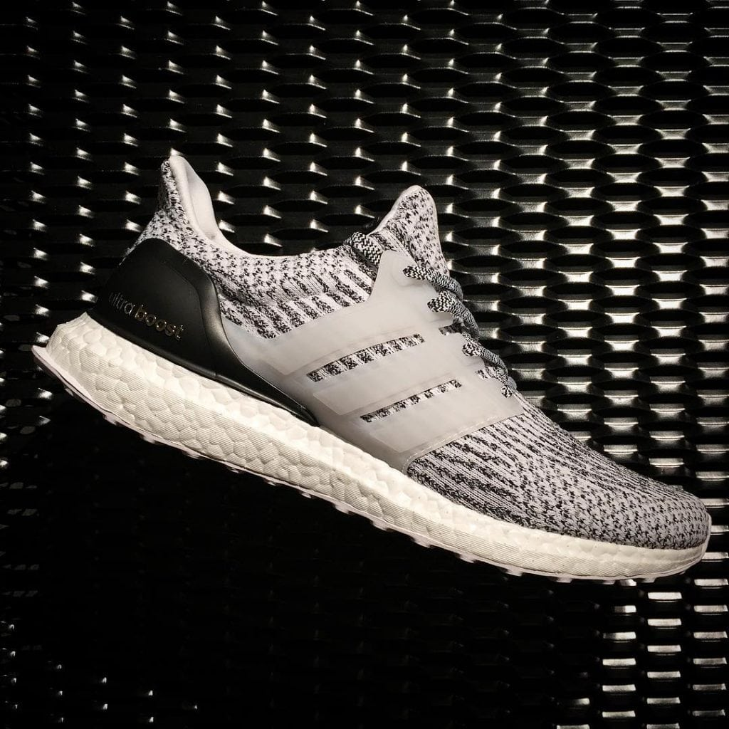 NEW Adidas Ultra Boost 3.0 Black / White 'Oreo' S80636 9