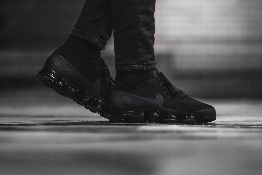 new products ea610 1ba12 BIY Roamer | VaporMax Flyknit W Triple Black 2.0 $1459 @ Afew