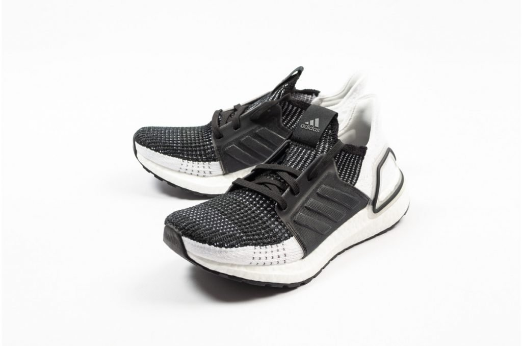 sports shoes 21d26 448c2 BIY Roamer | Adidas Ultra Boost 19 White/Black $899 @ Wiggle